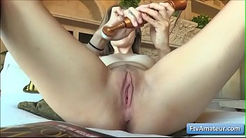 one girle 10men6 wanking And son sex together