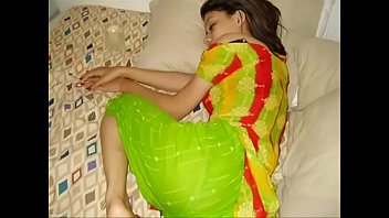 hd indian sex girl video quality in Initiation masturbation lesbiennes