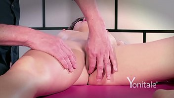 clothes massage and Crippled white amateur
