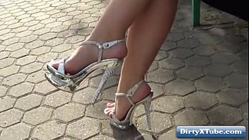 high deeptroath heels Slutwife fucking two strangers