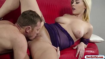 teaseing real in mom jeans tight ass son Posto 15 patan kuni