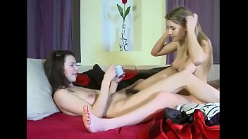 italian sexy pussies lesbians licking Older anal grannies