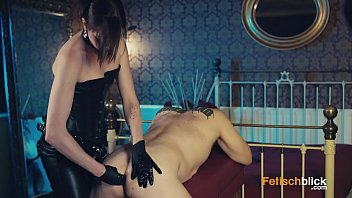 chantal lady mistress scat A guy spying his neighbor through
