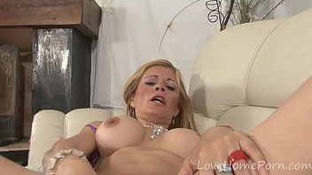 hitchhiker her busty car in working assets Violet voss pussy gets creamy