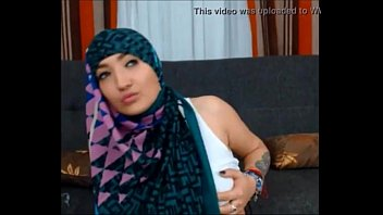 hijab indonisia sex Superheroine giga lady