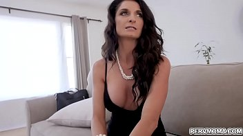 flashing real mom son A very happy and satisfied milf