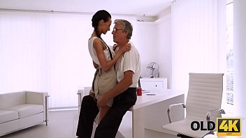 cozinheira da escola Nothing better than getting pussy licked while sucking dick clip